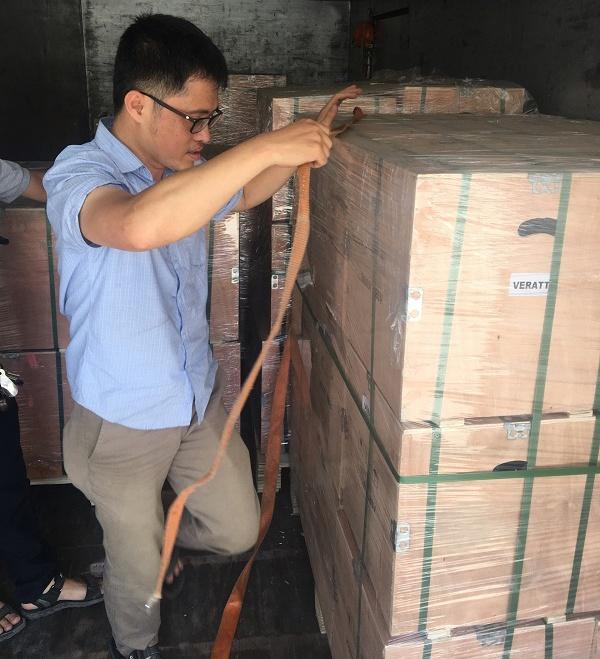 lô hàng máy thổi khí được nhập khẩu về