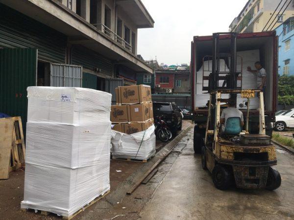 Lô hàng bơm nước thải Beluno và bơm công nghiệp Beluno mới được công ty ĐL nhập về 1 container